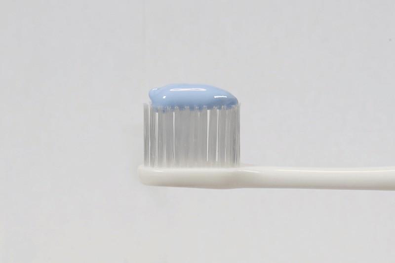 ブレスマイルクリア(bresmile)はミント系の香り・泡立ちの良さを感じる