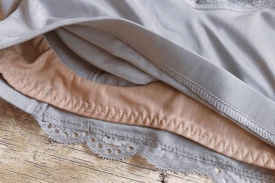 LUNA(ルーナ)ナイトブラは就寝時も形をキープ・通気性が良いのでムレずに使用可能
