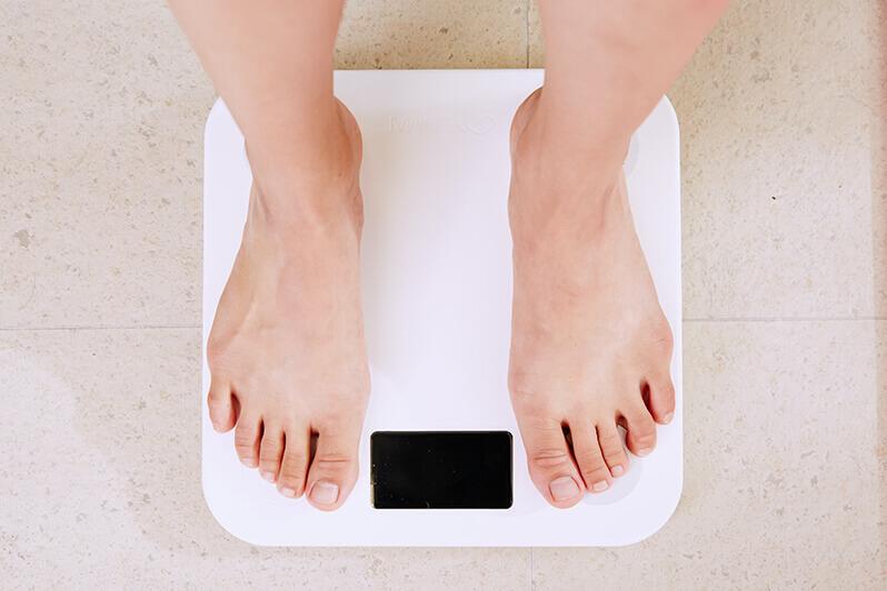 もぎたて生スムージーを実際に利用して効果を検証:結果は1ヶ月で「マイナス3キロ」を達成!事前にカロリー計算し適度な運動をすることで成功に近づく